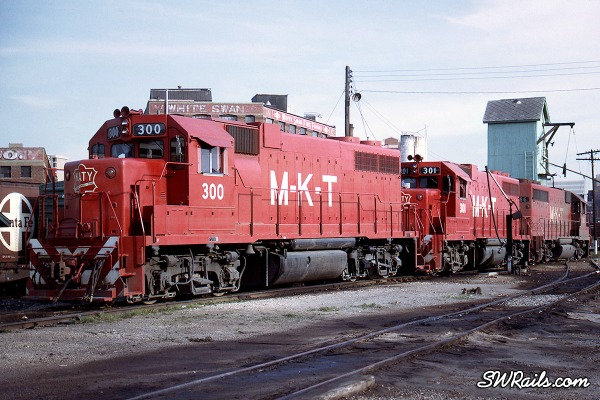 MKT GP38 300 at Dallas,TX in 1970