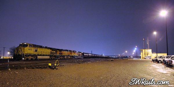 BNSF grain train at Saginaw Texas