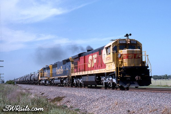 ATSF SF30C 9550 leads a Duval sulfur unit train near Wallis, TX