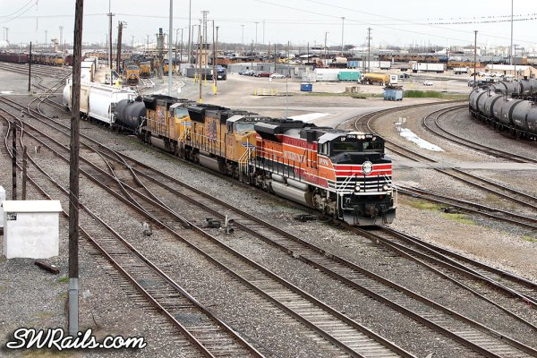 UP 1996 (Southern Pacific heritage engine) at Union Pacific's Englewood Yard in Houston, TX