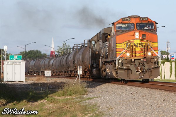 Manifest freight train BNSF 4178 at Stafford TX
