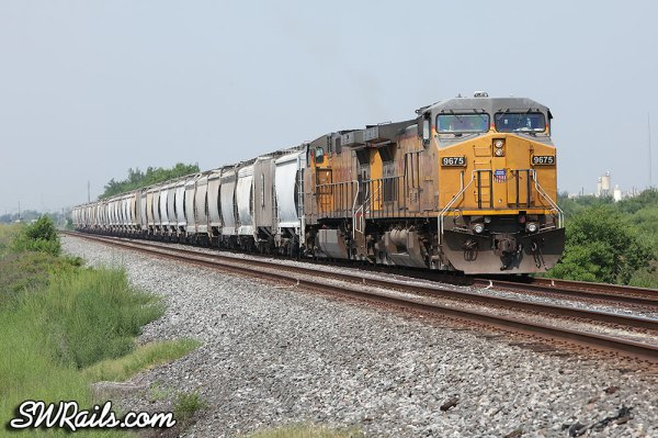 Union Pacific manifest at CP SA017, Missouri City, TX