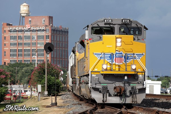 Union Pacific SD70ACe 8735 at Sugar Land, TX on 7/19/2012