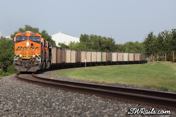 BNSF ES44AC 6263 at Sugar Land TX