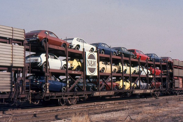 Ford Pintos in-transit on railcars in Detroit in 1976
