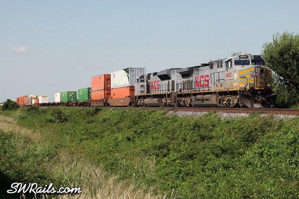 KCS AC4400CW 4612 with intermodal train at Sugar Land, TX
