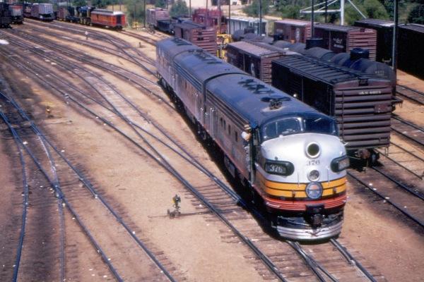 T&NO F7A 376 at Texarkana TX