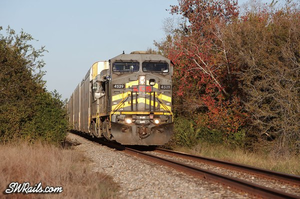 KCSM AC4400CW 4529 on KCS freight train at Rosenberg, TX