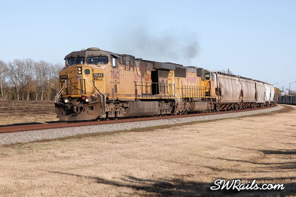 UP 7042 on MEWEG train at Stafford, TX