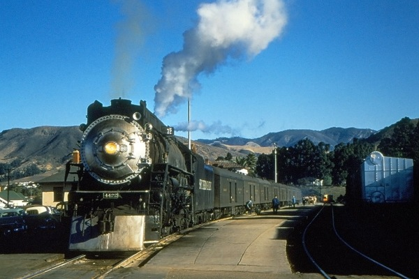 Southern Pacific GS-3 steam locomotive 4422 at San Luis Obispo, CA
