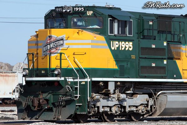 Cab detail of UP SD70ACe 1995, the C&NW heritage engine, at Houston, TX