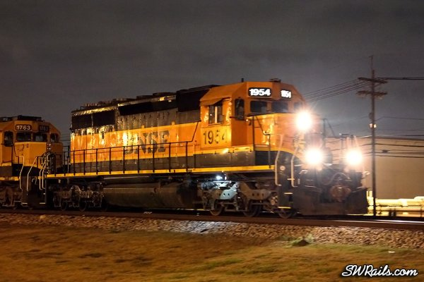 BNSF SD40-2 1954 at Pasadena TX