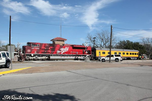 UP 1988 SD70ACE Katy Heritage on SSPSA special passenger train at Eagle Lake TX