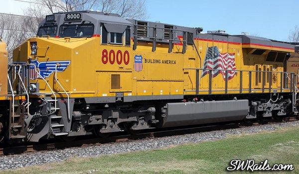 UP ES44AC 8000 at Stafford TX
