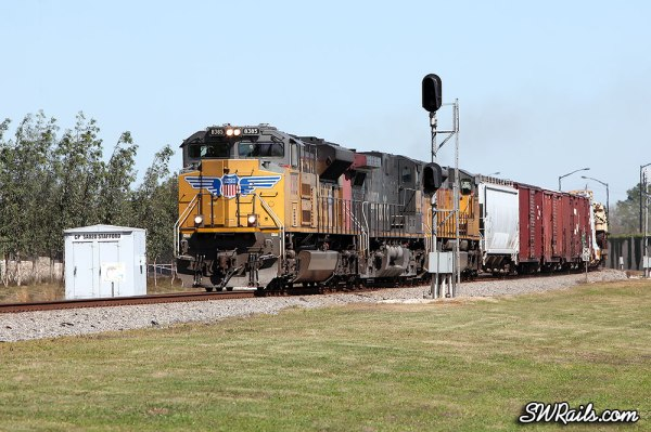 UP freight train QEWWC led by SD70ACe 8385