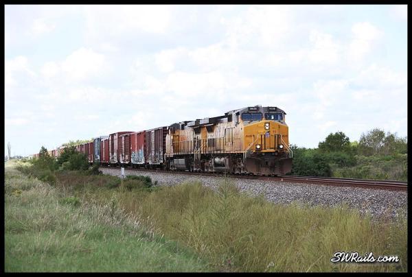 Union Pacific LHT44 local at Missouri City TX