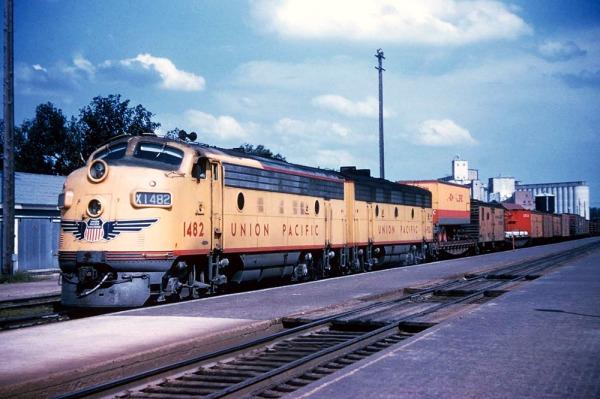 UP-1482-1957-At-Topeka-KS