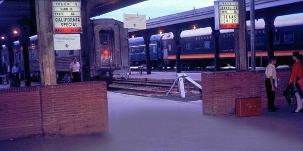 ATSF-HO-depot--signs-6-68