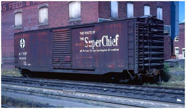 "ATSF BX-66 class 50"" box car with Super Chief slogan"