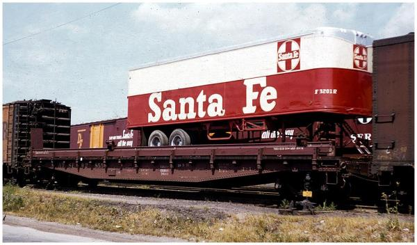 1955 vintage ATSF TOFC flat car and ATSF piggyback trailer