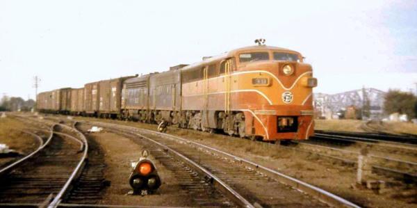 SSW-300-frt-Memphis-1959