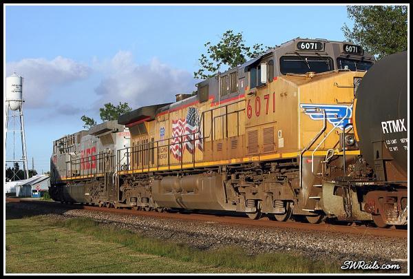UP AC4400CW 6071 DPU on  QEWWC train at Richmond TX