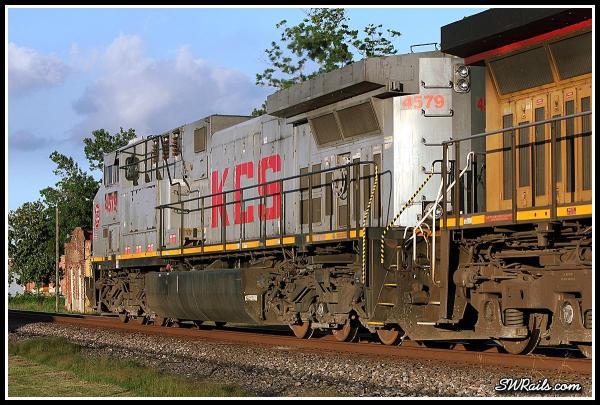KCS 4579 AC4400CW - DPU on  QEWWC train at Richmond TX