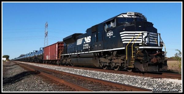 NS SD70ACE 1060 at Harlem, TX on 11-24-2014